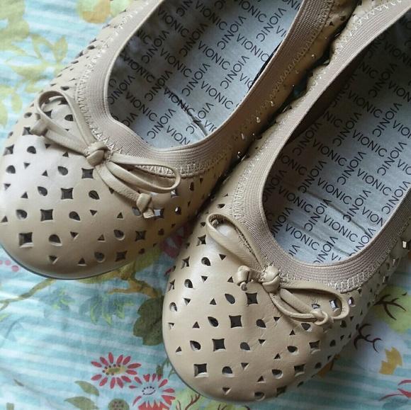 e49d380937c4 Vionic Shoes   Womens Ballet Flats   Poshmark